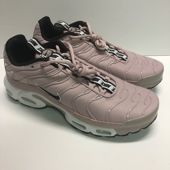 brand new cfa6a 34210 Nike Air Max Plus TN SE Mens Trainers Raw Pink NWT